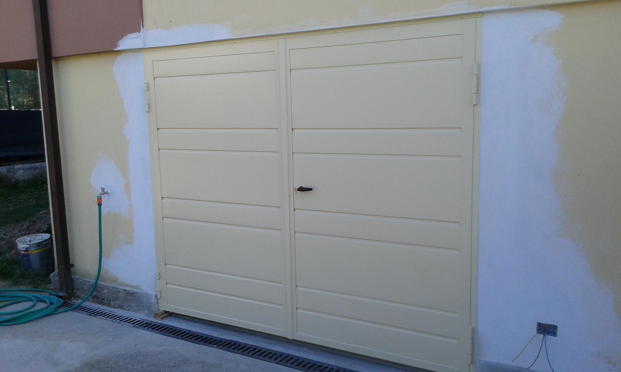 Portoni A Due Ante Per Garage Prezzi.1 2 Ante Battenti Nuova Csc Chiusure Da Garage
